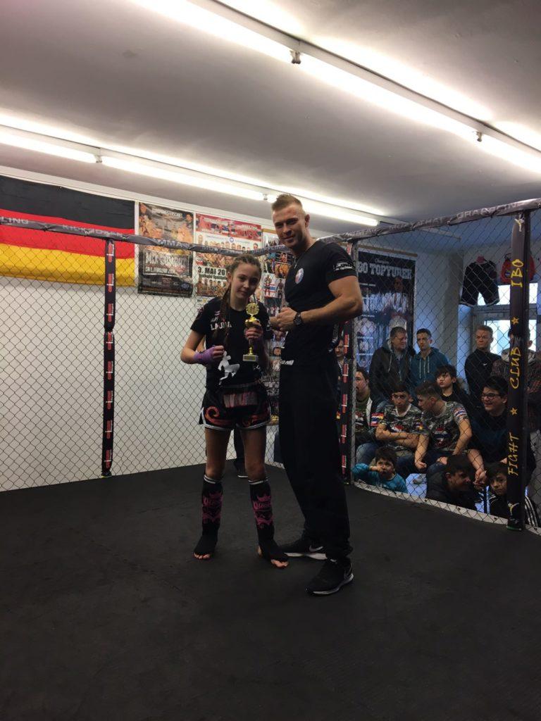 Thaibox Akademie Stuttgart Schule bei der Ibo Fightgala